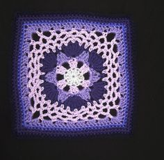 Ravelry: Project Gallery for Impossible Hexagon 12 inch Afghan Granny Square pattern by Stramenda