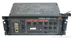 Roland SRE-555 Chorus Echo ~ rackmount version of Roland's RE-501 tape echo machine ~ different head-spacing to the RE-201 Space Echo and 301 Chorus Echo