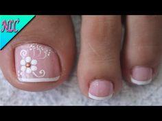 Simple Toe Nails, Pretty Toe Nails, Summer Toe Nails, Pretty Toes, French Pedicure, Pretty Hands, Toe Nail Designs, Foot Massage, Easy Nail Art