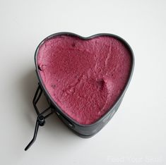Strawberry Beet Cheesecake from Feed Your Skull. Made with all natural, nourishing whole foods, this is a decadent dessert you can feel great about eating! Vegan and raw.