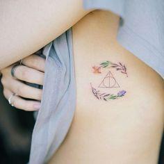 Tatoo Henna, Hp Tattoo, Piercing Tattoo, Get A Tattoo, Mini Tattoos, Cute Tattoos, Beautiful Tattoos, New Tattoos, Tatoos