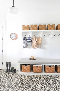 bright white mudroom :: Tour Monika Hibb's Stunning Home Cabinets And Countertops, Built In Cabinets, Kitchen Nook Table, Powder Room Vanity, Hardwood Floors In Kitchen, Modern Foyer, Building A New Home, Big Girl Rooms, Living Room Sofa