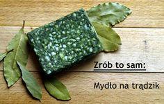 W pół godziny za niecałe 5 zł możemy mieć mydło wcale nie gorsze niż znane wszystkim aleppo z olejem laurowym i oliwą z oliwek. Właśnie na składzie mydła alep bazowałam, z tym, że zamiast oleju laurowego użyłam...zwykłych listków laurowych :) do tego oliwa z oliwek, od siebie trochę spiruliny...i mamy naturalne mydło, które leczy trądzik:)  Zainteresowanych zapraszam na blog (klik w foto), gdzie cały proceder rozpisałam:)