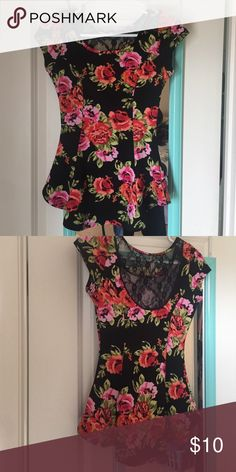 Nice top flowers design Excellent condition worn it only one time like new Tops Blouses