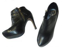 Je viens de mettre en vente cet article  : Bottines & low boots à talons Mango 25,00 € http://www.videdressing.com/bottines-low-boots-a-talons/mango/p-4305479.html?utm_source=pinterest&utm_medium=pinterest_share&utm_campaign=FR_Femme_Chaussures_Bottines+%26+low+boots_4305479_pinterest_share