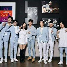 Running Man Korean, Ji Hyo Running Man, Running Man Members, Jae Suk, Kim Jong Kook, Kwang Soo, Best Shows Ever, Iphone Wallpapers, I Laughed