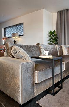 Richmond Interiors - Escape the ordinary Elegant Living Room, Elegant Home Decor, Contemporary Home Decor, Living Room Modern, Home Living Room, Living Room Decor, Bedroom Bed Design, Home Room Design, Home Decor Bedroom