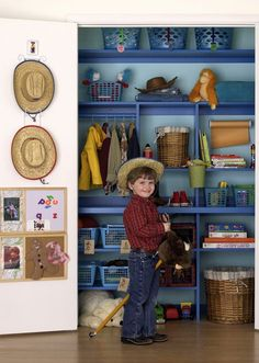 j, this is KINDA like zs built in shelves, not as thin or blue, no hanging area