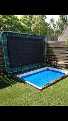 Pool covered by a trampoline. Pool covered by a trampoline. Pool covered by a Small Swimming Pools, Diy Pool, Small Backyard Landscaping, Small Pools, Swimming Pool Designs, Pool Backyard, Piscine Diy, Pergola, Dream Pools