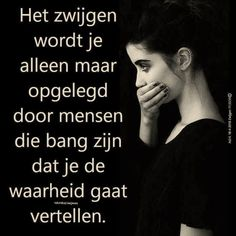 Zapato Tutorial and Ideas Words Of Wisdom Quotes, Dark Quotes, Life Quotes, Favorite Quotes, Best Quotes, Dutch Quotes, Life Thoughts, Tutorial, Cool Words