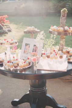 Modern Cupcake Table | Climer Photography | Theknot.com
