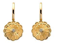 #Aretes Afrodita en Oro Amarillo y #Diamantes de #CarrerayCarrera #Diamonds #Earrings #Fashion #Moda #Jewelry #Joyas