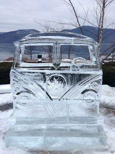 VW bus made of ice pieces) Vw Camper, Campers, Volkswagen T1, Combi Wv, Van Vw, Vw T3 Doka, Kombi Home, Vw Classic, Vw Cars