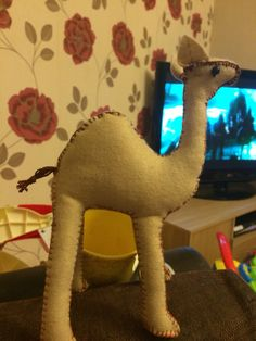 I decided to make a story bag for Scarlett this is the camel character from dear zoo book