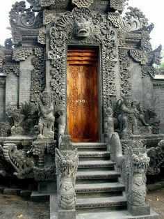 Doorway of Hindu Temple, Bali, Indonesia. ***** Referenced by 1 Dollar Website… Ancient Architecture, Beautiful Architecture, Beautiful Buildings, Architecture Details, Temple Architecture, Temple Bali, Hindu Temple, Cool Doors, Unique Doors