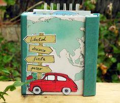 Travel Journal Scrapbook, Scrapbook Cover, Mini Albums Scrap, Mini Scrapbook Albums, Homemade Birthday Cards, Travel Album, Handmade Books, Smash Book, Moleskine