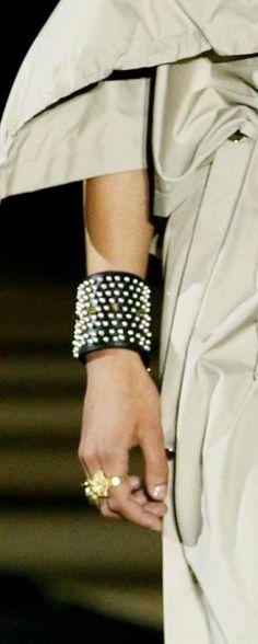 Miss Dior, Sequin Skirt, Sequins, Skirts, Fashion, Moda, Fashion Styles, Skirt