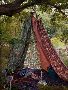 Bohemian tent. Photo Idha Lindhag ~~~ a cross between all these tents, adorned with decorations and or as props, with a seating area, could even be done with a mosquito net ~~~