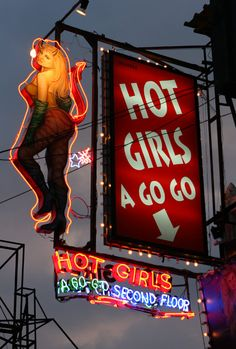Hot Girls A GO GO http://howtoattractwomentip.com/how-to-be-confident/