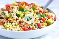 How to make light and healthy couscous salad with a simple lemon vinaigrette, cucumber and herbs. Jump to the Easy Lemon and Herb Couscous Salad Recip Couscous Salad Recipes, Vegetable Salad Recipes, Healthy Salad Recipes, Vegetable Couscous, Couscous Healthy, Orzo Recipes, Greek Salad, Lemon Recipes, Healthy Recipes