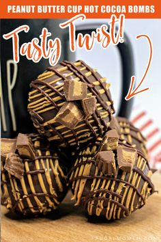 Hot Chocolate Coffee, Hot Chocolate Gifts, Christmas Hot Chocolate, Chocolate Spoons, Chocolate Bomb, Hot Chocolate Recipes, Hot Cocoa Recipe, Creamy Peanut Butter, Peanut Butter Cups