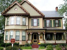 Kenmare House - Bowling Green, Virginia by Historic House Colors
