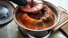 Comidinha caseira. Moranga recheada com carne moída .fácil de fazer.