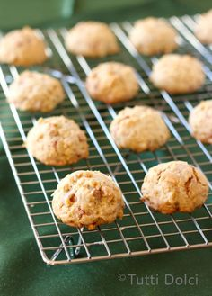 Cinnamon Chip, Maple Syrup, & Oatmeal Cookies from @Laura   Tutti Dolci