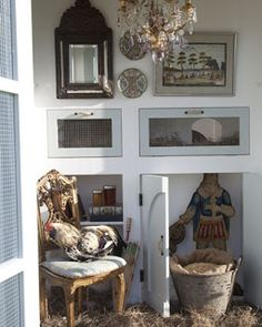Victorian Interior for your Hen House? Is it in your future? #HenHouseScaping www.FreeHenHousePlans.net