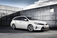 A Ginevra la nuova Toyota Auris Touring Sports