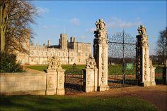 Castle Ashby - Elizabethan mansion by Baz Richardson (away for a few days), via Flickr