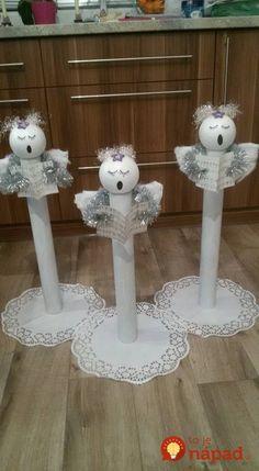 21 Christmas Porch Decoration Ideas - Best of DIY Ideas Christmas Angel Ornaments, Handmade Christmas Decorations, Christmas Porch, Christmas Centerpieces, Christmas Crafts For Kids, Xmas Decorations, Christmas Art, Christmas Projects, Holiday Crafts