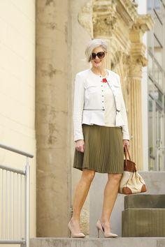 inching into fall | styleatacertainage