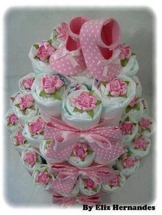 Baby Shower Gift Ideas for Expecting Moms – Diaper Cakes – Baby Shower Ideas for Girls – Grandcrafter – DIY Christmas Ideas ♥ Homes Decoration Ideas Baby Cakes, Baby Shower Cakes, Baby Shower Diapers, Baby Shower Fun, Baby Shower Parties, Baby Shower Themes, Baby Shower Gifts, Baby Gifts, Shower Ideas