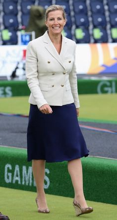 Sophie, Countess of Wessex watches the bowls at Kelvingrove Bowls Club during the Commonwealth games on July 27, 2014 in Glasgow, Scotland.