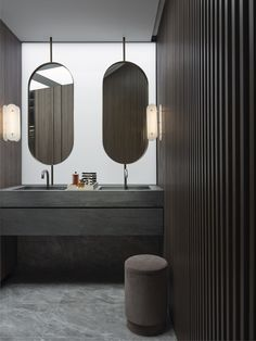 For those who are searching for a bathroom model, the examples below modern master bathroom designs it is possible to choose. Modern Master Bathroom, Small Bathroom, Home Decor Signs, Cheap Home Decor, Bathroom Toilets, Bathrooms, Bathroom Pictures, Bathroom Gallery, Bathroom Interior Design