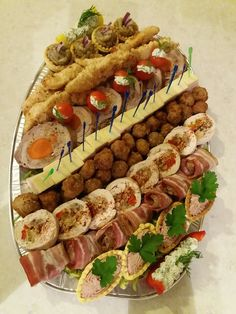 x - Diy. Food Platters, Cookie Recipes, Mexican, Plates, Cookies, Ethnic Recipes, Buffets, Foods, Barbecue Side Dishes