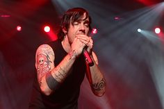 Adam Gontier leaves Three Days Grace