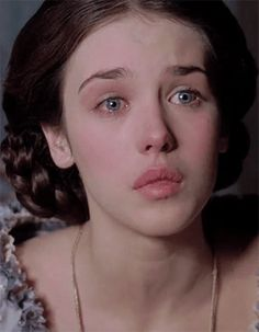 Imagen de isabelle adjani and movie She Was Beautiful, Most Beautiful Women, Simply Beautiful, Beautiful People, Isabelle Adjani, Adele, French Beauty, Lost Girl, Natural Looks