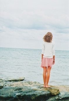 water, english roses, sweater, beaches, skirts, the wave, seas, the ocean, beach styles