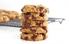 You'd never believe these chewy oatmeal chocolate chip cookies are baked with no flour. Yummy yum!