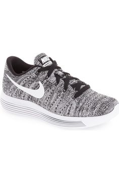 A precise, sock-like fit perfects the high-tech design of this breathable running shoe from Nike. http://www.95gallery.com/