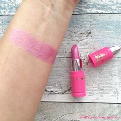 Jeffree star swatch of the new beauty pageant lip ammunition