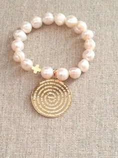 Freshwater Pearls Bracelet with Padre Nuestro medal in gold filled