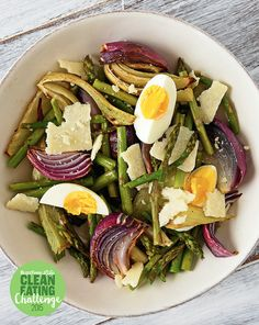 Roasted Fennel, Asparagus, and Red Onions with Parmesan and Hard-Boiled Eggs | 22 High-Protein Meatless Meals Under 400 Calories