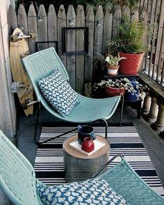 Brunnen wasserpflanzen beleuchtung miniteich liegesessel rattan balkonien pinterest - Enclosed balcony design ideas oases of serenity ...