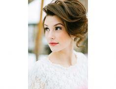 12 Dreamy Wedding Makeup Looks For Every Type Of Bride | Byrdie