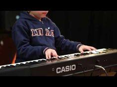 Himno Nacional Argentino por niño 7 años - YouTube