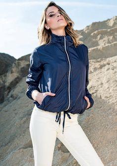 Eider-down Linda's mod.4012 - New Collection 2016. Follow us: www.lindas.it   #jacket #eiderdowns #downjacket #women #girl #newcollection #spring #summer #fashion #fashionstyle #italianstyle #fashionwoman #jackets #musthave #pinterest #jacketwoman #followus