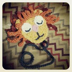 Crochet Lion dummy clip  Kersiepit - facebook page  OR   makemesomehappy.blogspot.com
